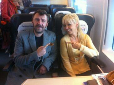 знаменитости в поезде