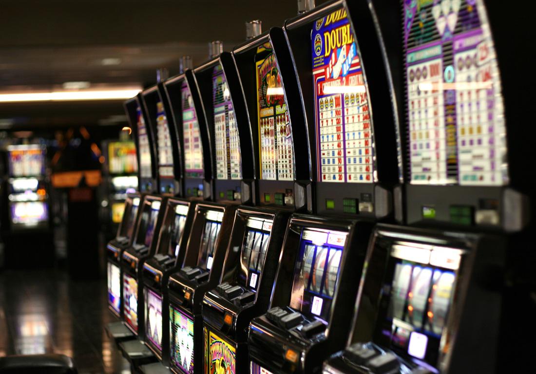 Скачать игру онлайн казино