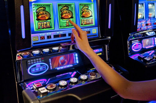 В какие автоматы лучше играть на деньги