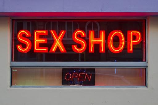 Игрушки секс-шоп